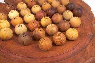 Solitär - Spiel aus Holz von Ernst Kohnhauser